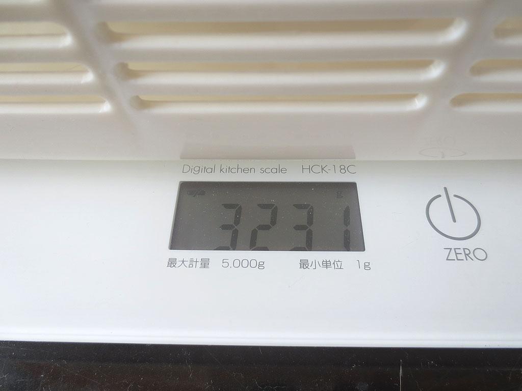 ロシ子の体重、3,231gです。