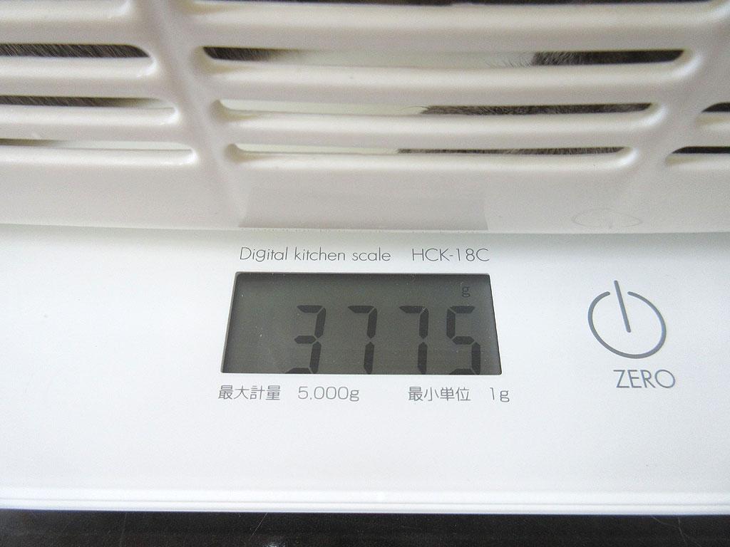 ロシ子の体重は3,775gでした。