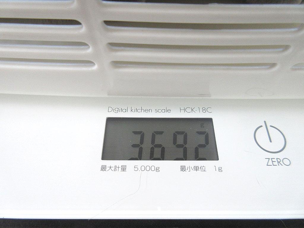 ロシ子の体重は3,692g。