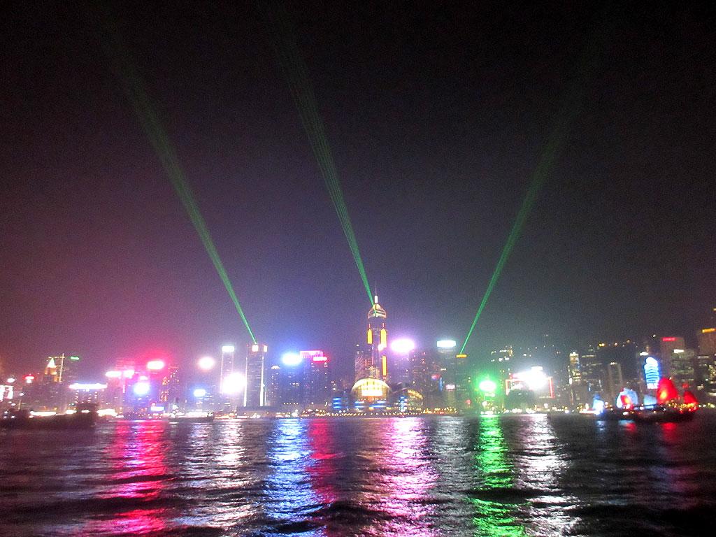 香港プロムナードからの写真。