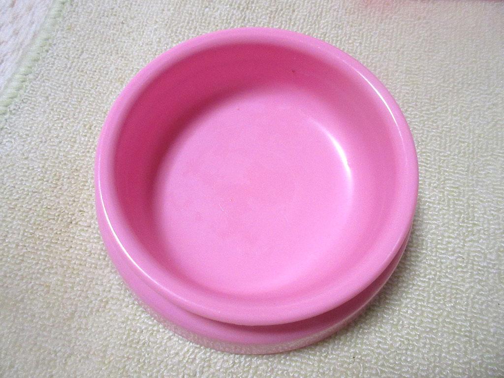 アビのすけのお皿。