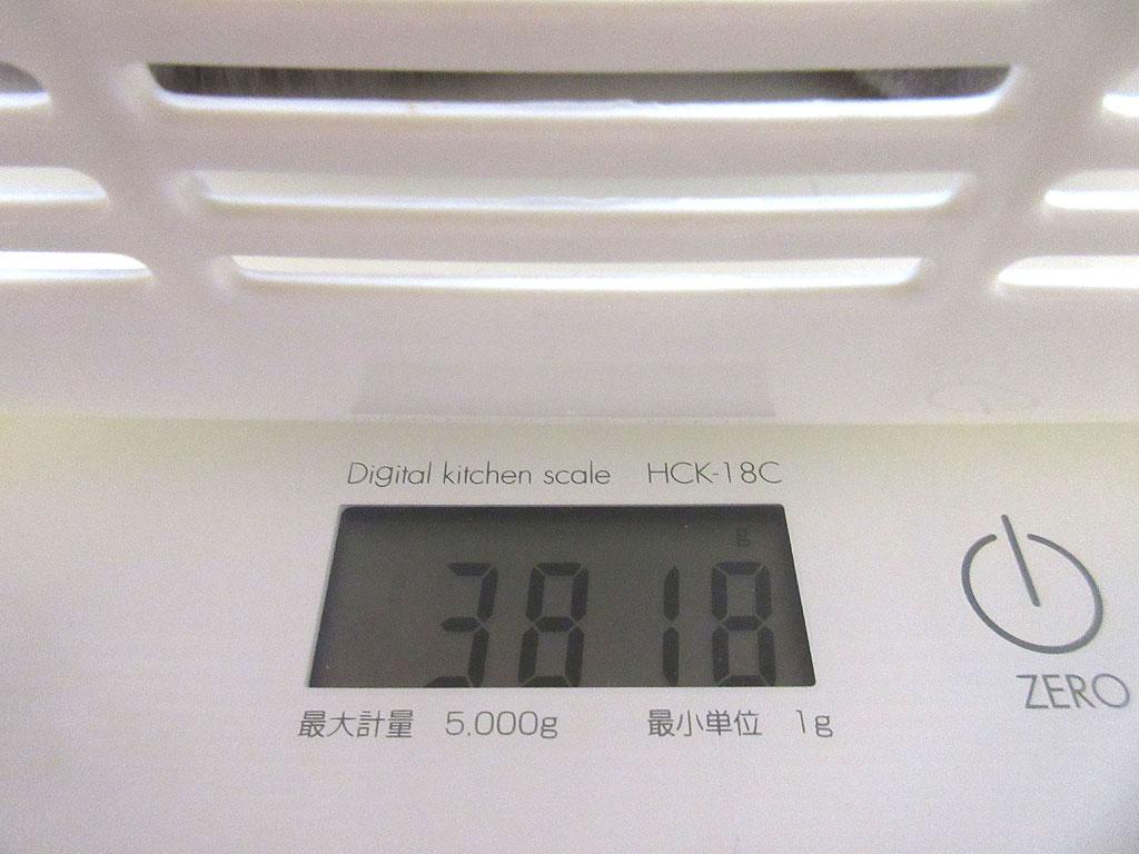 ロシ子の体重は3,818g。