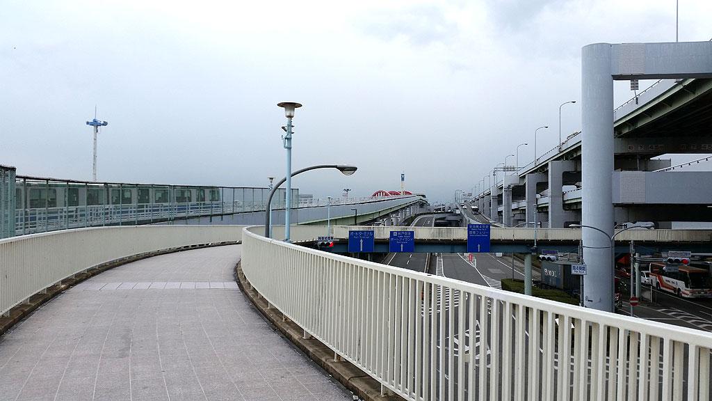 神戸大橋の手前。