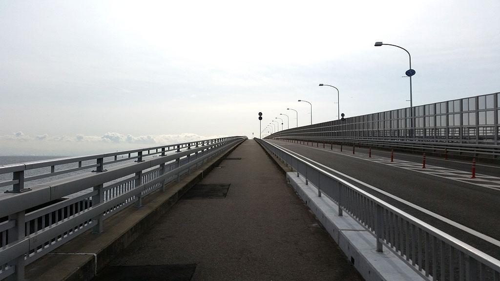 神戸スカイブリッジ。
