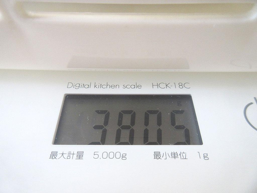 ロシ子の体重は3,805g。