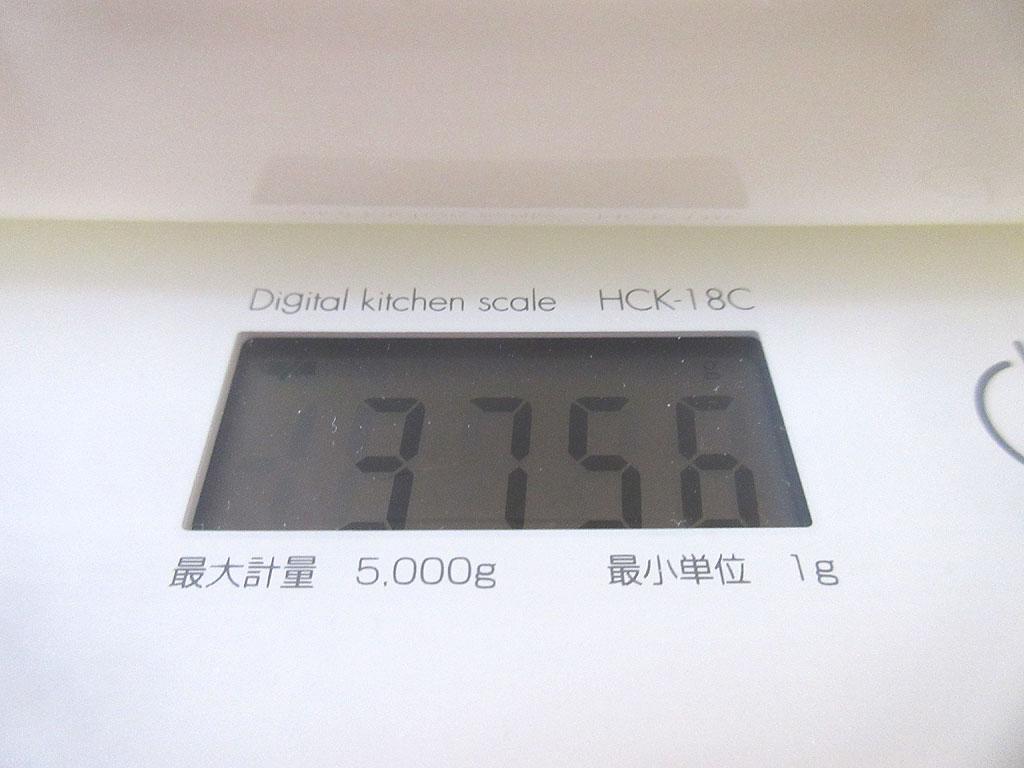ロシ子の体重は3,756g。