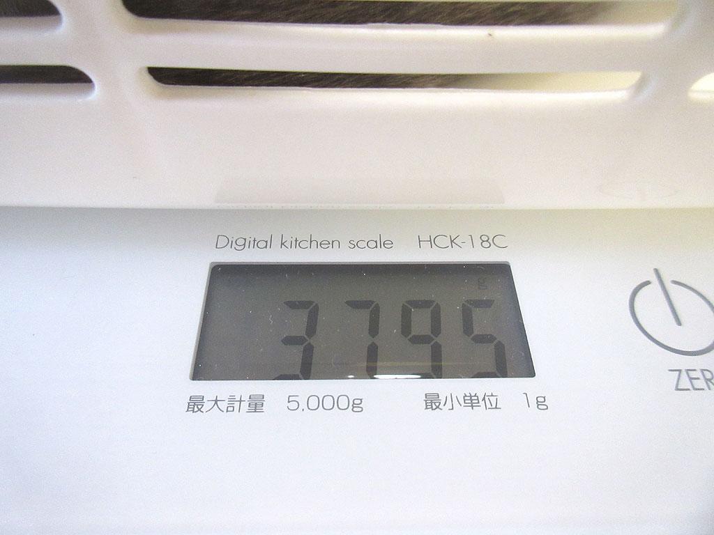 ロシ子の体重は3、795g。
