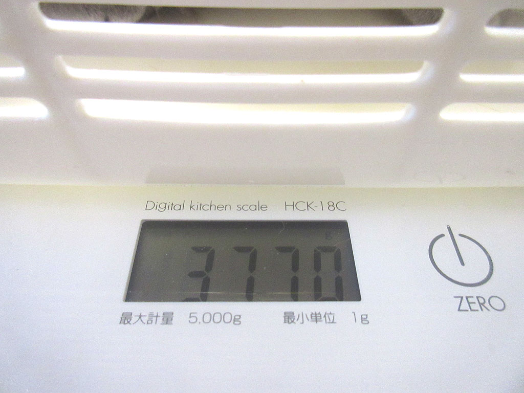 ロシ子の体重は3、770g。