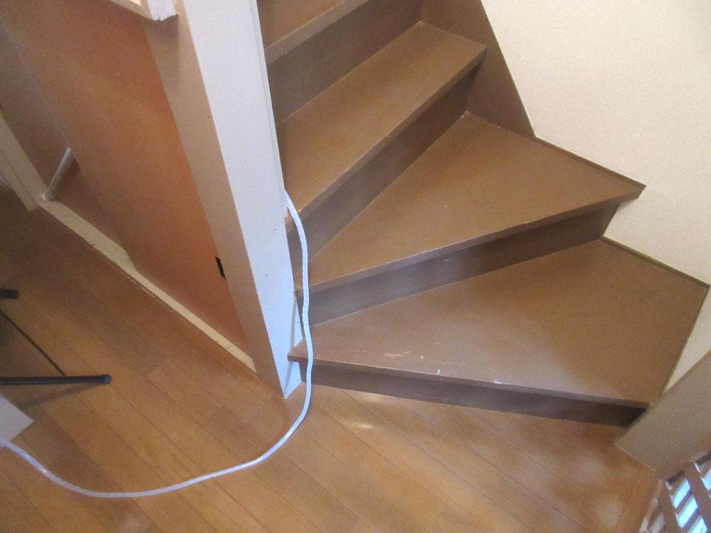 チューブを2階に。